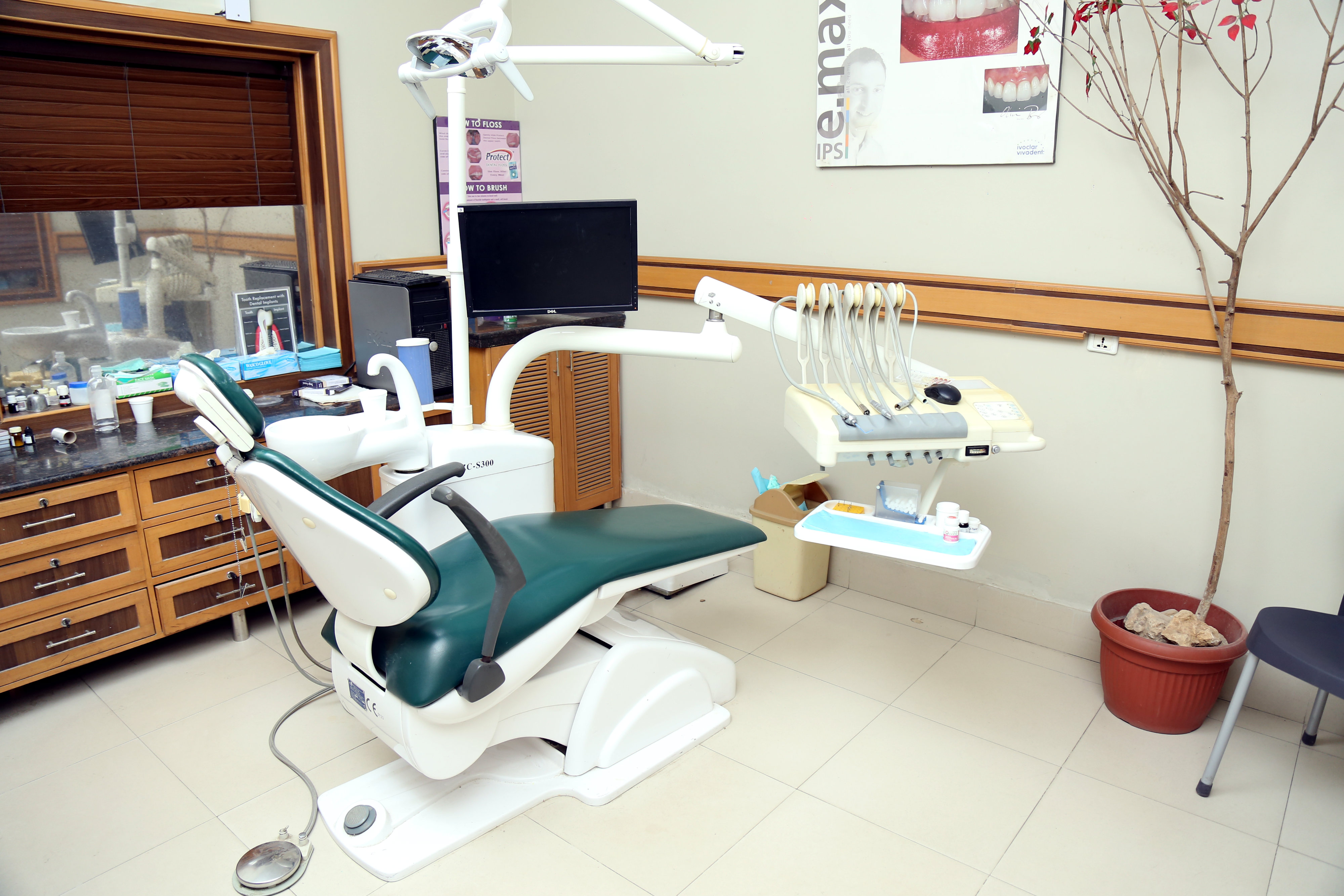 WDHWestern Dental Hospital and Clinic In Karachi